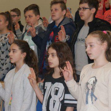 Młodzi odkrywcy sekretów nauki na Uniwersytecie Opolskim
