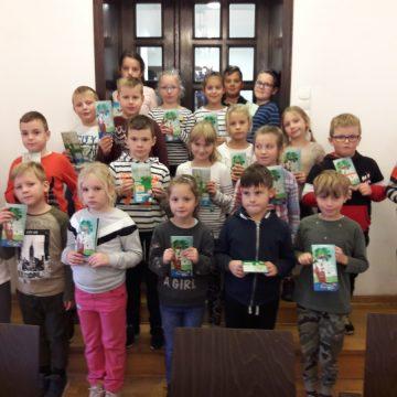 Wycieczka klasy II i III do Archiwum Państwowego i Muzeum Piosenki Polskiej  w Opolu