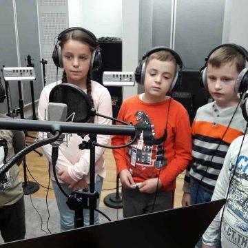 Klasy 2 i 3 nagrały swoje słuchowisko