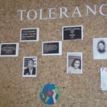 """Tolerancja, podsumowanie akcji """"Gospodarz Szkoły"""" w klasie VIII"""